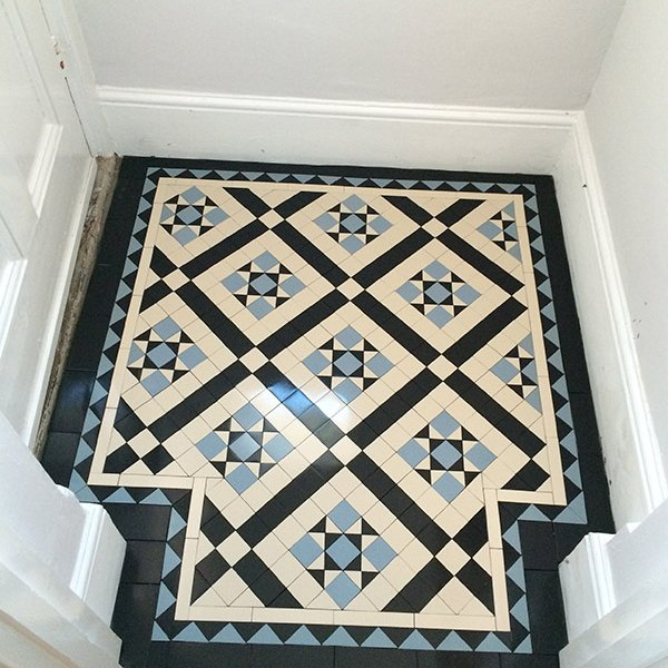 hallway victorian tiles