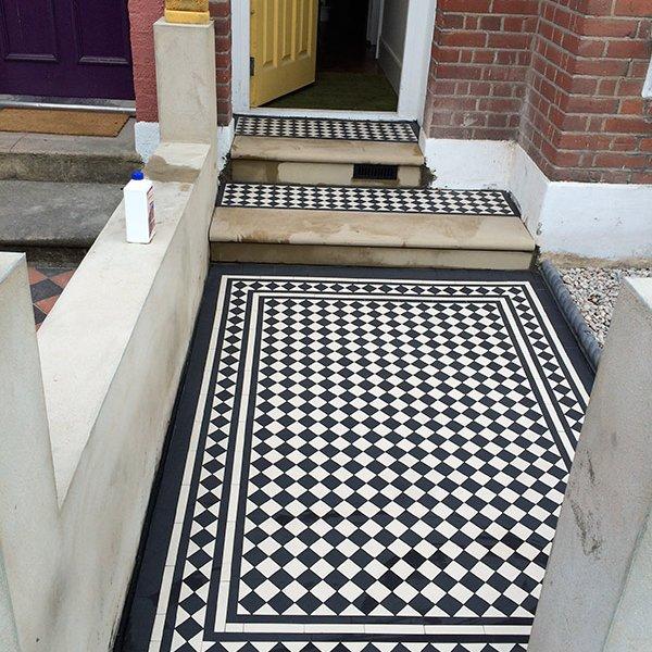 Black white tiles