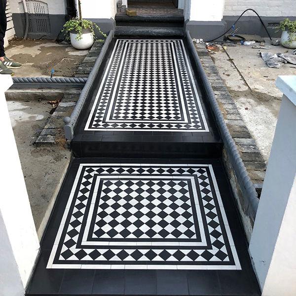 Victorian Mosaic Black White